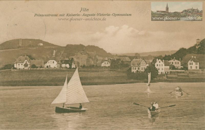 Plön Prinzenstraße mit Kaiserin-Auguste-Victoria-Gymnasium