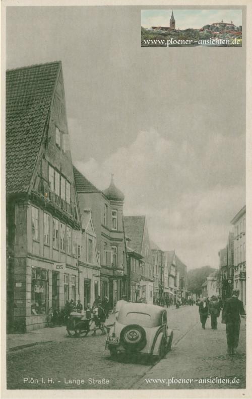 Plön - Lange Straße mit Automobil