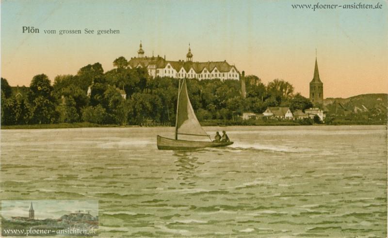 Plön - vom großen See gesehen mit Seegelboot