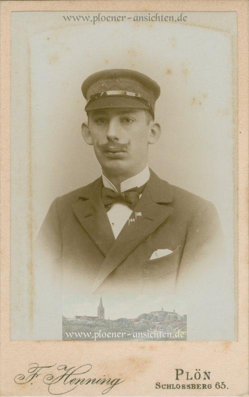 Kabinettfoto des bekannten Fotografen F. Henning, Schlossberg 65 aus Plön