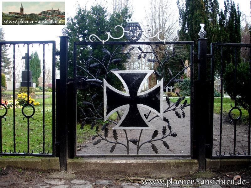 Kadettenfriedhof in Plön - Eingangspforte